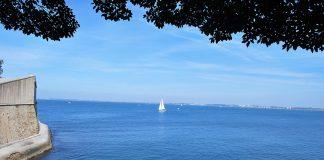 La bahía vista desde Cádiz. Al otro lado, Rota. PROPRONews