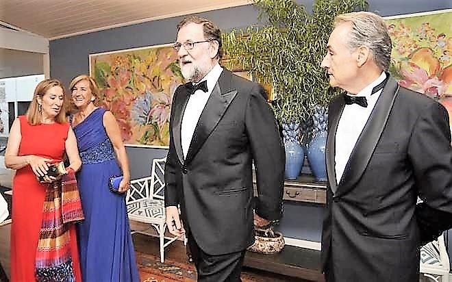 A esto se dedica Rajoy este verano mientras crece la desigualdad en España PONTEVEDRA VIVA