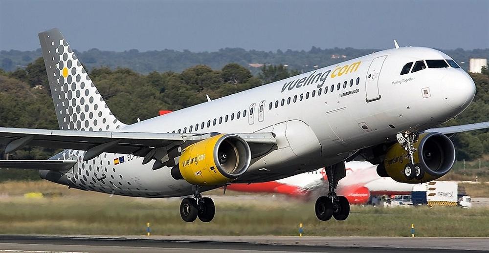 Las cancelaciones de vuelos causan graves problemas a los usuarios. VUELING AIRLINES