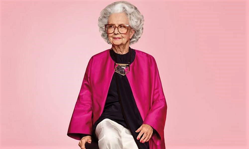 Bo Gilbert, primera modelo con 100 años. VOGUE