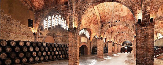 Instalaciones de Codorniú en Cataluña. La fabricante de cava también se va.