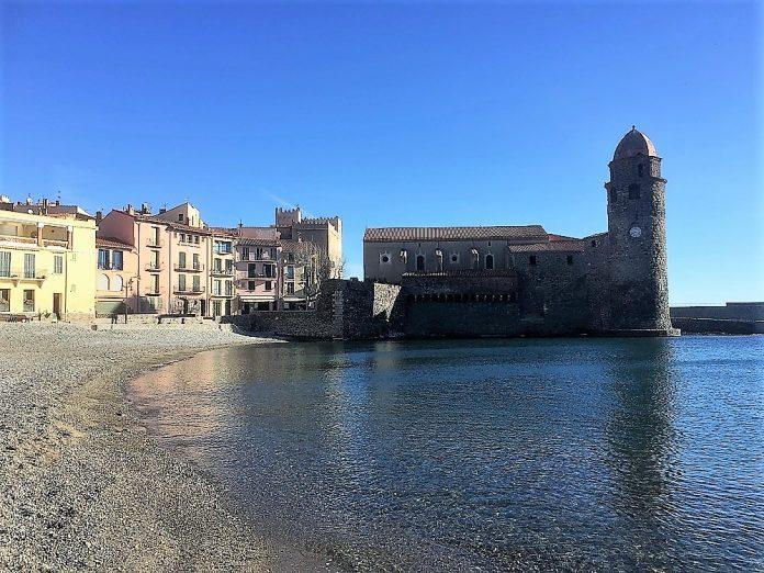 El bello pueblo de Collioure. J. A. HIDALGO