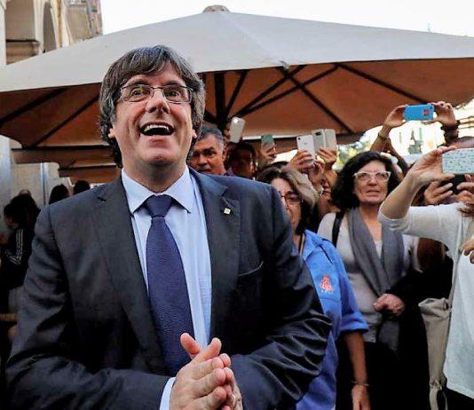 Puigdemont busca en Bruselas una difícil salida a su laberinto personal. RTVE
