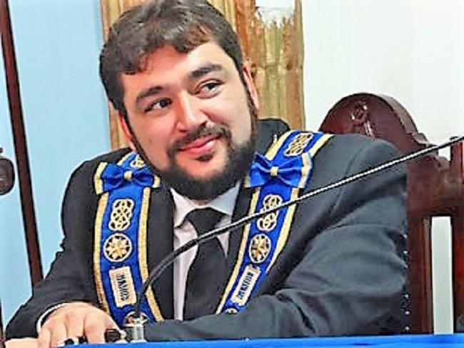 El Gran Maestro de los masones brasileños, Cassiano Teixeira de Morais, es el más joven Gran Maestro del mundo.