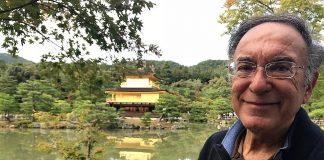 Blas Curado, ante el Pabellón de Oro de Kioto (Japón)