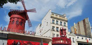 Moulin Rouge de París. En el de Rio trabajó Luis Fernández. J.M.PAGADOR