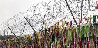 La línea divisoria entre las dos Coreas está llena de votos por la paz y la reunificación en libertad.