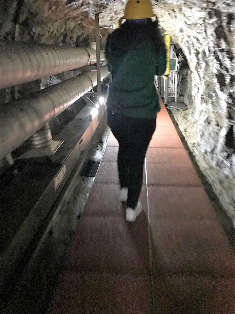 Bajada a uno de los cuatro túneles por los que Corea del Norte pretendía invadir el Sur.