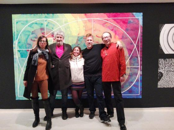 Con David López Panea, Rodrigo Tavera y otras artistas que acudieron a la inauguración.