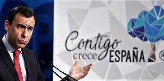 Martínez-Maíllo mostró días pasados el nuevo invento del PP. EFE