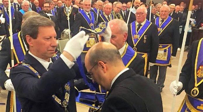 Toma de posesión del reelegido Gran Maestro de la Masonería española. GLE
