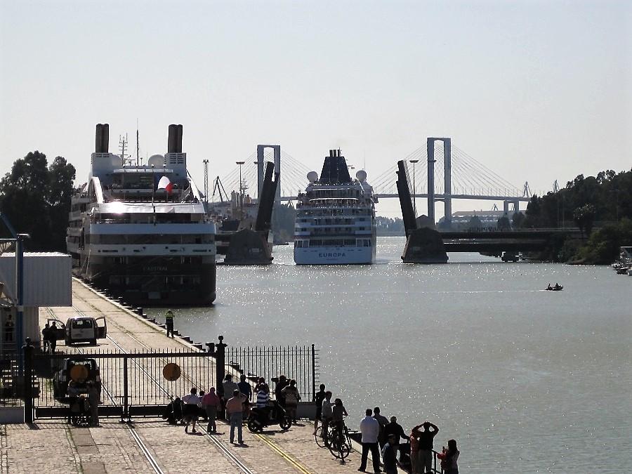 Entrada de cruceros al puerto sevillano. PROPRONews