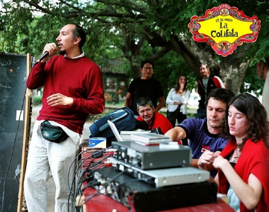 Emisión de La Colifata de Buenos Aires, la radio de los locos. Aquí empezó la idea del libro.
