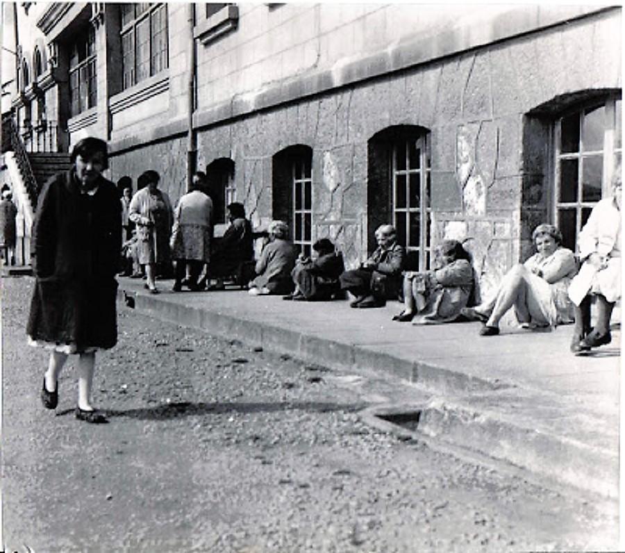 Sección de mujeres del manicomio de La Cadellada, Oviedo, donde Blas Curado trabajó tres años.