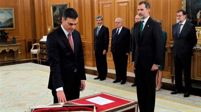 Con Pedro Sánchez, por fin un presidente hace valer la aconfesionalidad del Estado desde su misma toma de posesión. RTVE