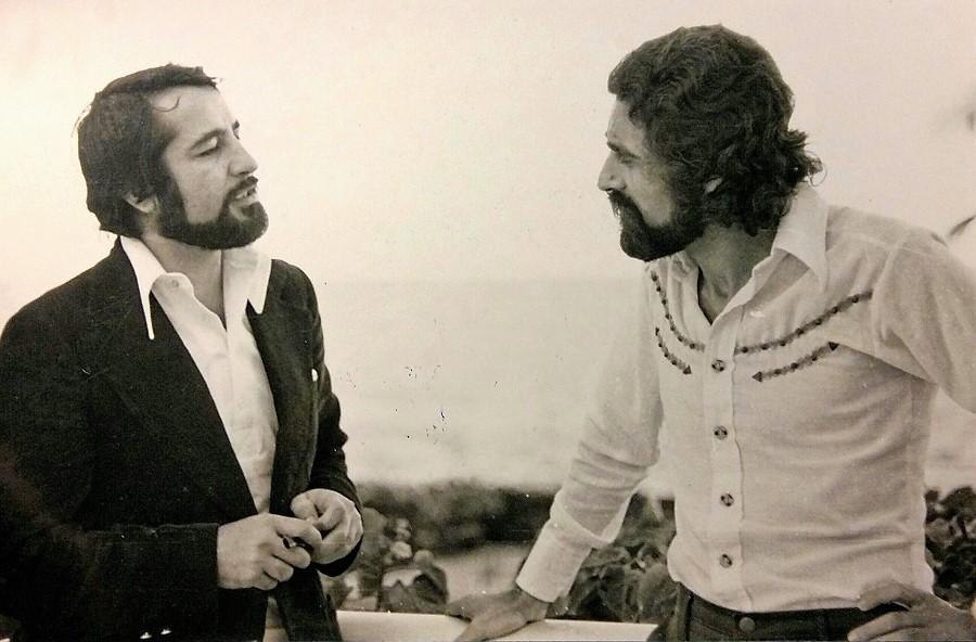 Luis Molina y José Manuel Villafaina en Puerto Rico, cuando se crea la Federación de Festivales de Teatro de América a principio de los 70.