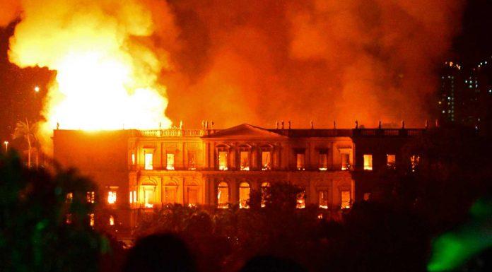 El museo de Rio fue devorado no por las llamas sino por la corrupción y la desidia políticas. RTVE