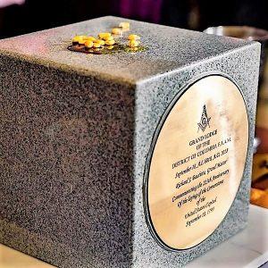 La nueva piedra angular de la conmemoración.