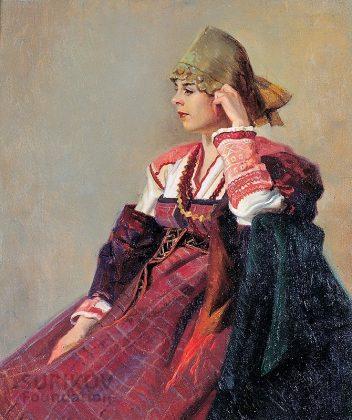 Mujer con vestido ruso. Sushenok