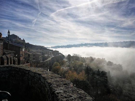 La roca sobre la que se asienta Orvieto.
