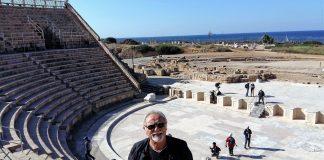 Villafaina, alma mater teatral de Extremadura, en el teatro romano de Cesarea-Israel.