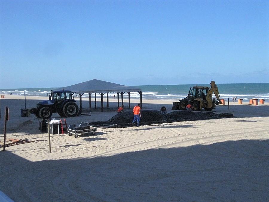 Los servicios de playa han mejorado extraordinariamente. J.M. PAGADOR