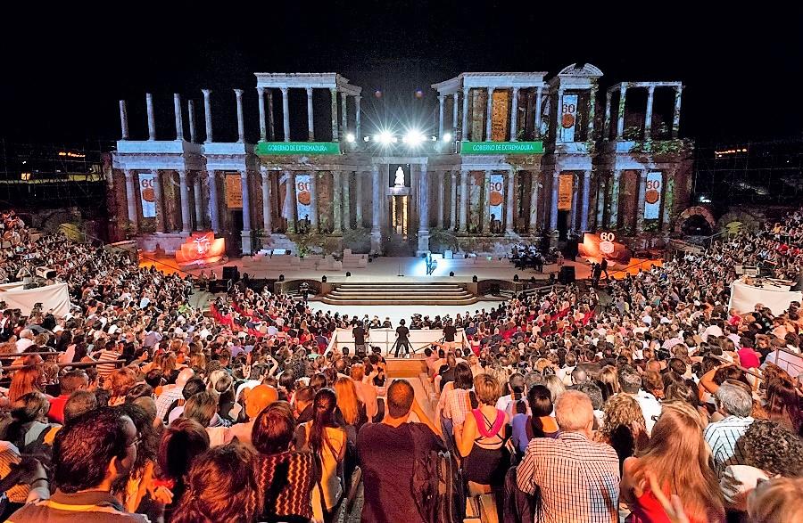 Gala Ceres (o GOBEX) en el Teatro Romano, o la apoteosis de Monago a costa del dinero de los extremeños. JUNTAEX