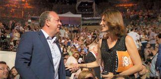 Monago con Remedios Cervantes y otras celebrities en la gala Ceres. Todas las celebrities vinieron a gastos pago. JUNTAEX