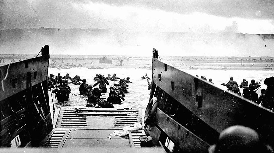 A los españoles nos hace falta un fraterno desembarco de Normandía contra todo lo que separa a unos de otros. RTVE