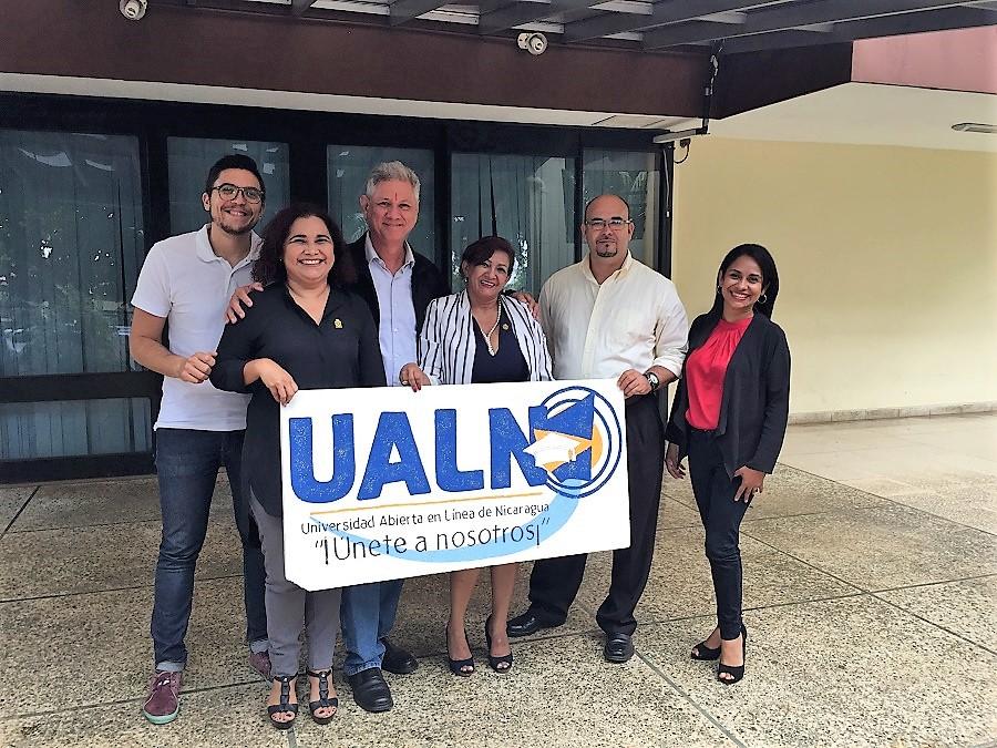 Con el equipo de coordinadores de la UALN Nicaragua.