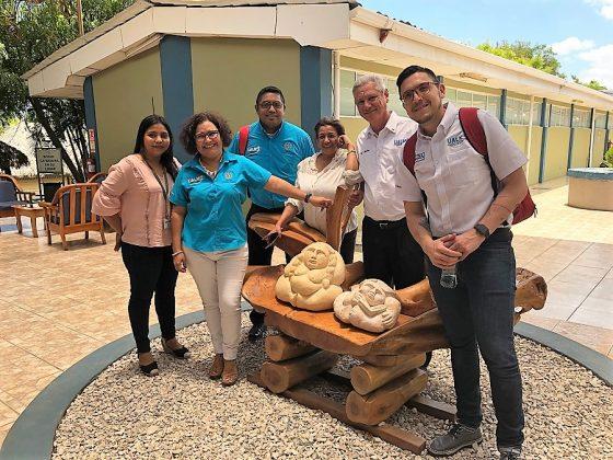 Con el equipo de la UALN Nicaragua.