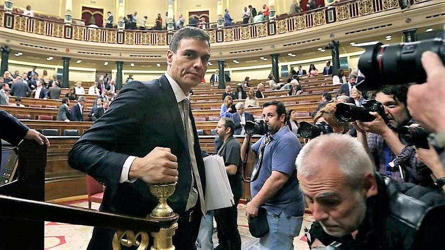 Según Ansón, Pablo Iglesias orquestó la exitosa moción de censura. RTVE