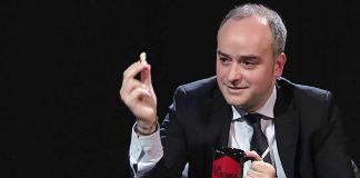 El gurú determina la deriva del PSOE y de España. LA TUERKA
