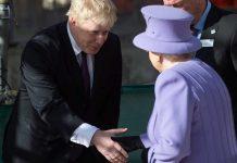 Estos dos personajes, que no representan a casi nadie desde el punto de vista del sufragio, se han atrevido a suspender el Parlamento británico. RTVE