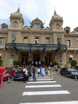 El casino es uno de los principales reclamos del Principado. J. M. PAGADOR