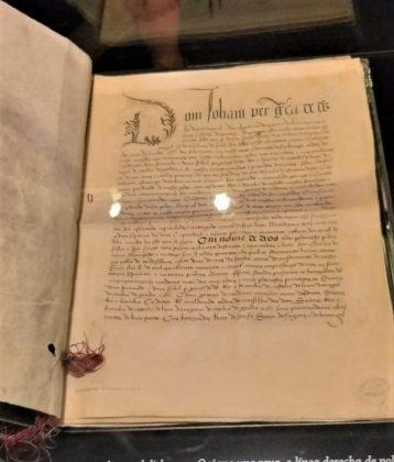 Original del Tratado de Tordesillas mostrado en la exposición. J.M. PAGADOR