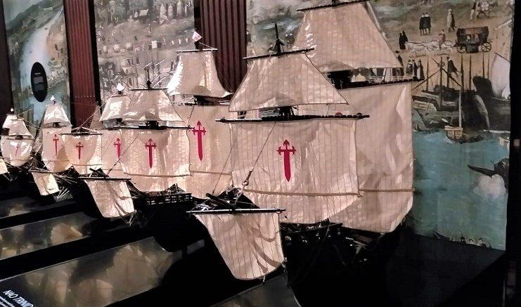 Maquetas de las cinco naves de la flota. J.M. PAGADOR