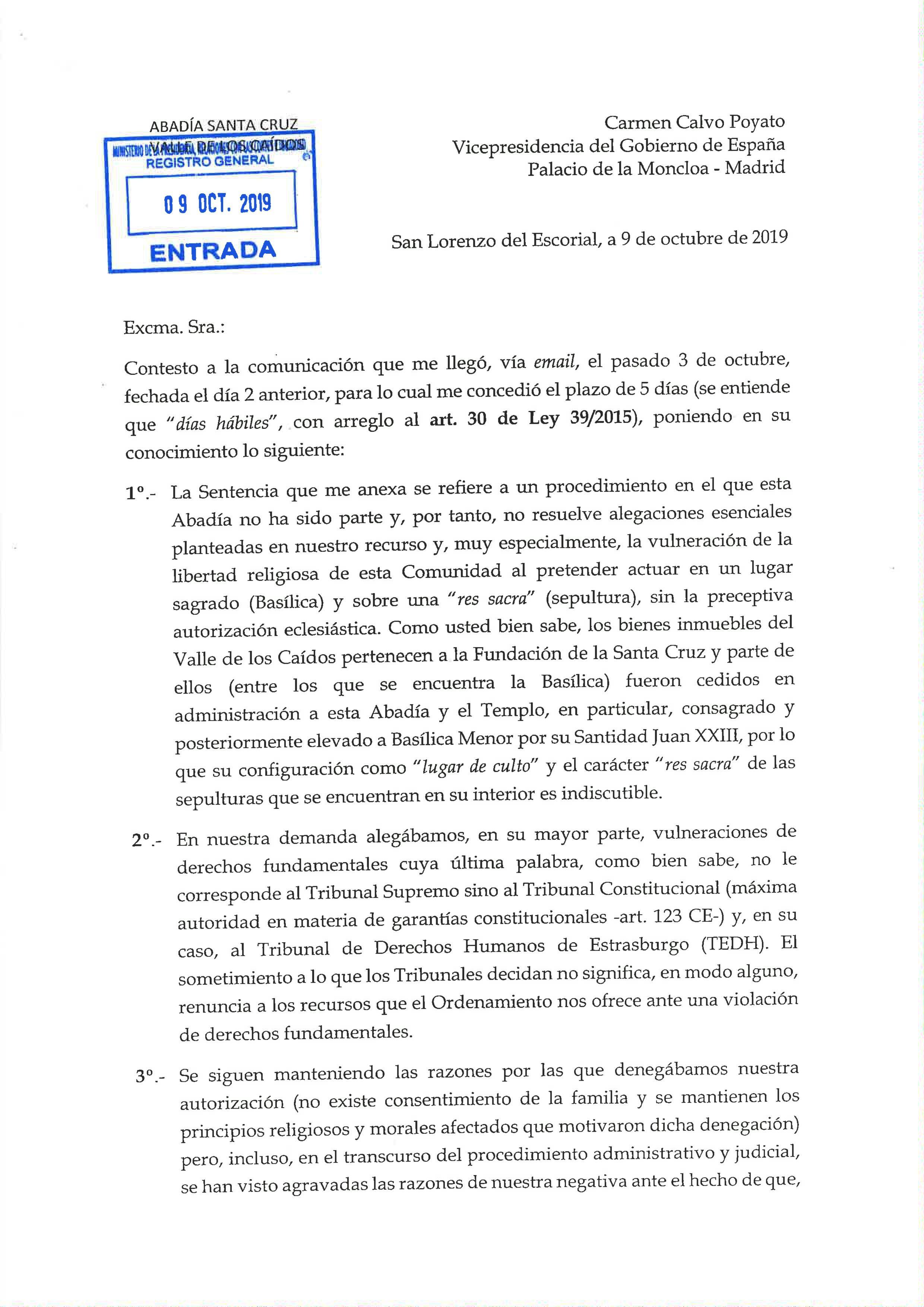 Folio 1 de la carta del prior a la vicepresidenta del Gobierno, sin ni señora doña.