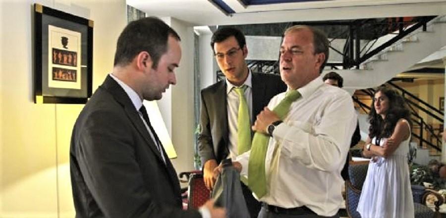 Como hundió a Monago, que perdió la presidencia a la primera oportunidad, puede hundir a Pedro Sánchez.
