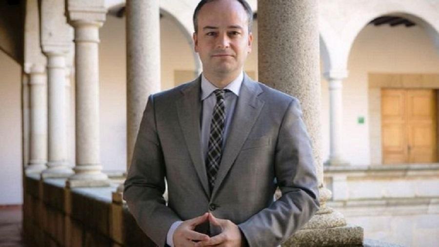 Iván Redondo en la presidencia de la Junta de Extremadura. Monago le dio todo el poder. JUNTAEX