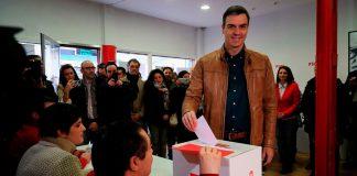 Pedro Sánchez, votando hoy en su autoconsulta. RTVE