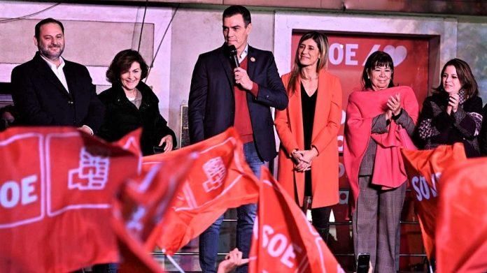 Sánchez canta una nueva milonga en el tablado de Ferraz. RTVE