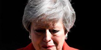 Theresa May el día de su dimisión. ¿Se elige a las mujeres en tiempos de crisis para que fracasen? RTVE