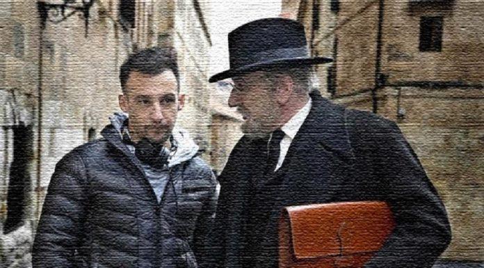 """Amenábar y Elejalde en el rodaje de la película """"Mientras dure la guerra""""."""
