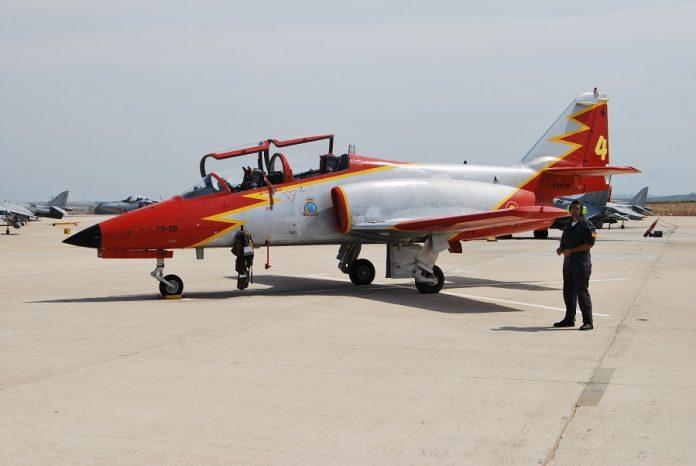 C-101, el ya obsoleto avión de la Patrulla Águila, dos de los cuales se han estrellado recientemente. J.M. PAGADOR