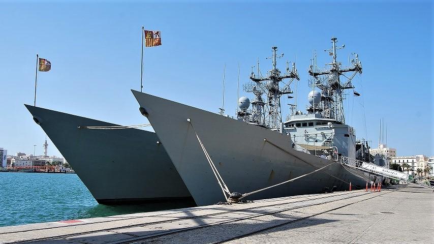 Fragatas de la Armada. Los buques españoles participan en numerosas misiones de paz. J.M. PAGADOR