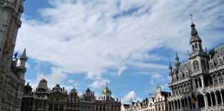Bruselas. La tasa de letalidad en Bélgica es muy superior a la española. J.M. PAGADOR