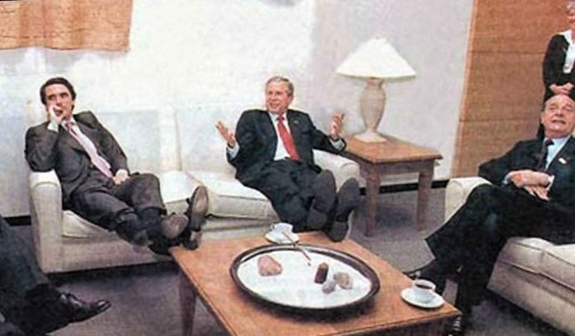 Con este bizarro estilo metió Aznar a España en la guerra de Irak. RTVE