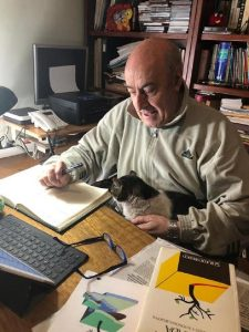El autor, con Jimy. RTVE