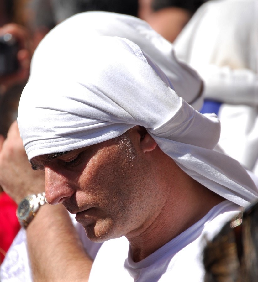 Este año no veremos costaleros, que son la expresión de la fe y el sacrificio de los sevillanos. J.M. PAGADOR